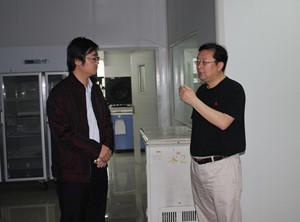Epigenetics expert from Johns Hopkins took a visit to CUSABIO